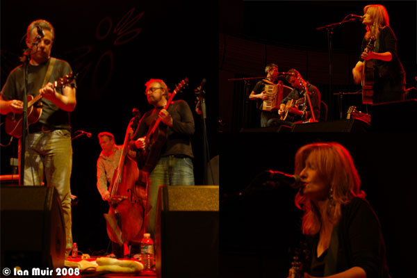 Eddi Reader, Boo Hewerdine and Band